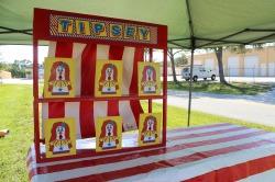 Tipsey Clown Toss *(30L 24W 30H)