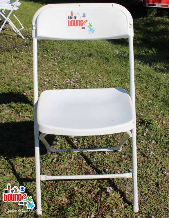 Adult Folding Chair *(Setup/Breakdown Not Included)